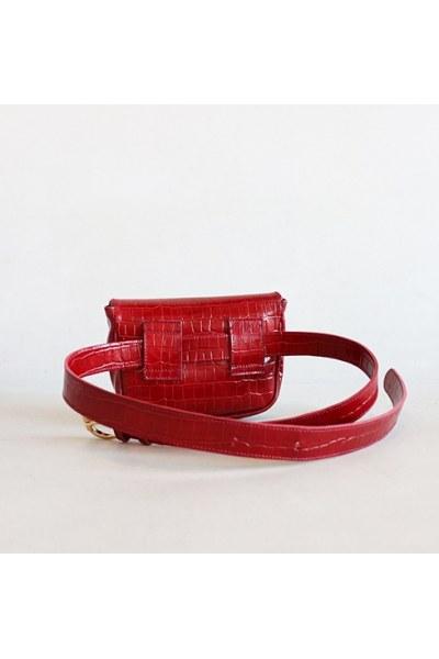 RIÑONERA DE PIEL Belt Bag ROJO