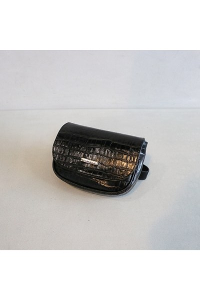 RIÑONERA DE PIEL Belt Bag NEGRO